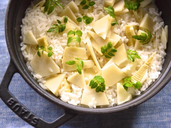 ※レシピは後出の「優しい味わいの辛口白ワインと。『たけのこご飯』」をご参照ください。