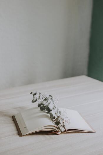 深い癒しと自信が得られる。「自分への手紙」によるセルフコンパッション