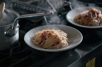 イタリアのトラットリアで使用されている、プロもお墨付きのお皿だから、どんな料理を乗せても何だか素敵に見えちゃう。気軽に使えてなおかつ素敵に見えるお皿だから、日常で活躍しそう。