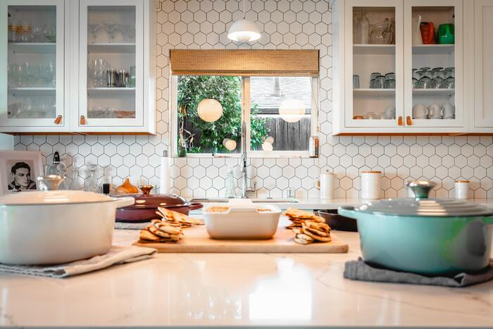 ル・クルーゼ鍋にはさまざまな機能があります。毎日使っても飽きない、素敵なレシピにぜひ挑戦してみてくださいね。ル・クルーゼ鍋を使えば、もっと料理が好きになるかもしれません♪キッチンのお供にぜひ活用してみてください。