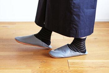 底の部分は厚めに作られていて、適度なクッション性があって足元に優しい。