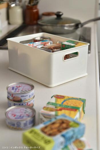 ツナ缶やコーン缶、サバ缶など日持ちのする缶詰類を常時ストックしておくと、あと一品足りない!なんていうときにお手軽メニューを作れてとっても便利。