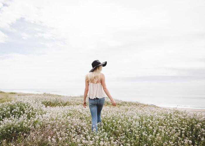 心の声に耳を傾けて。『執着しないこと』で見つける穏やかな暮らし方のヒント