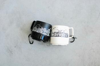 カップは割れにくいメラミン製などがオススメ。アウトドアブランドのロゴやグラフィックをあしらったデザインは普段遣いにもGOOD。