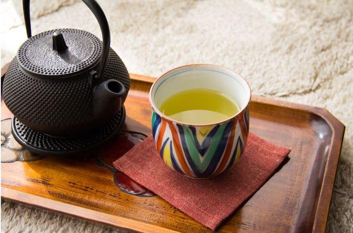 続いては「味わう」をご紹介します。こちらは江戸時代から続く「狭山茶農家 ささら屋」のお茶。「狭山茶再興の地」の石碑が残る入間市宮寺で、味のよさを称えられる日本三大銘茶のひとつ、狭山茶を丹念に育てています。まろやかで奥深く、日本茶のおいしさに改めて気付かせてくれるような風味が特長です。