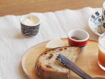 卵を入れるのはもちろん、ジャムやクリームを入れて朝食のお供にしてもいいかも。日本酒を呑むときにお猪口として使ってもおしゃれですよね。