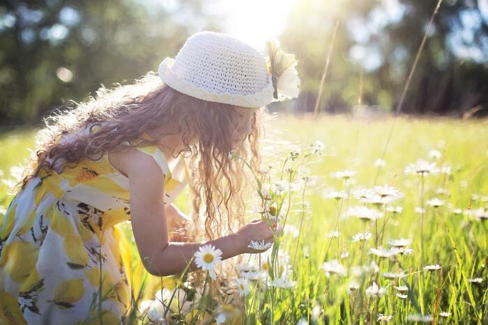 """熟考することはとても大切なことですが、慎重に考えすぎて行動に移せないでいると、チャンスを逃してしまうことも。ときには過去の経験に基づいた閃き、""""直感""""を信じてみることも大切です。その瞬間の判断が、大きなチャンスへの第一歩となることも少なくないでしょう。"""