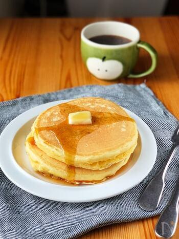 HMなしでも簡単!ふっくらおいしい「ホットケーキ」基本のレシピとアレンジ集