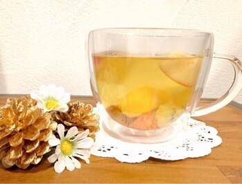 フルーツの酸味や香りが加わって、とっても飲みやすくなりますよ♪ デザート感覚でいただけますね。
