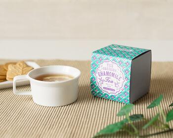 日本の農家とコラボして生まれたといううれしの紅茶。こちらのカモミールティーは、日本の代表的なお茶であるやぶきた茶とブレンドしているというユニークなハーブティーです。