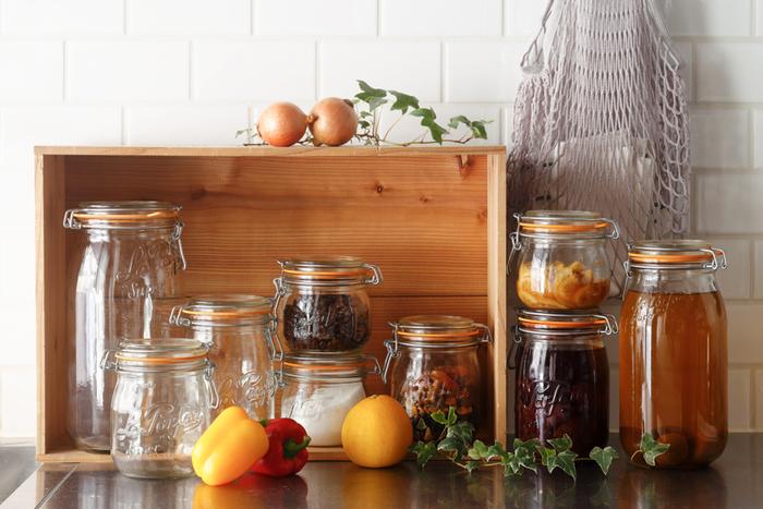 サイズの種類が豊富で、500mlから3Lまで5種類から選べます。乾物だけでなく、シロップ漬けやピクルスなどの保存にも。色々な食材の保存に重宝しますね。