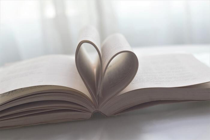ときめきを忘れたすべての女性へ。せつなくも元気が出る大人の恋愛小説15選