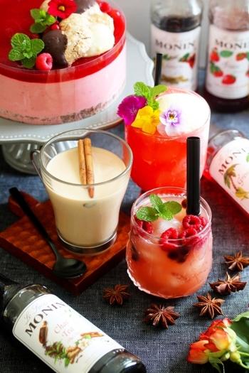 世界のプロが御用達のノンアルコールシロップを使ったおしゃれカクテル。サングリアシロップで、タピオカサングリアはいかが?冷凍ラズベリーを添えて、美しく♪