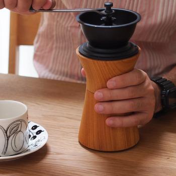 コーヒーは、鮮度によって風味も変わります。せっかくコーヒーミルを使って挽きたてのコーヒーを味わうなら、飲みたい分だけ挽くようにしましょう*コーヒーの鮮度も感じながら是非、挽きたてを味わって下さい♪