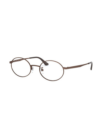 タマゴ型のレンズが特徴の「オーバル」。大人っぽい・ナチュラル・清楚な印象を与えてくれます。幅広い世代に好まれる、服装やヘアスタイルを選ばないので眼鏡初心者さんにもおすすめ。クマや目もとの陰影を和らげる効果も期待できます。