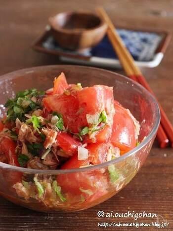 夏野菜の代表、トマトを使った和風サラダです。玉ねぎ、豆苗、ツナと合わせるととても美味しく食べやすいです*ドレッシングにはかつお節も加えて旨味たっぷり。こちらのレシピで使っているアマニ油は生活習慣病予防の効果も期待できる嬉しい働きがあります。