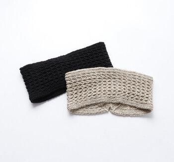 ワッフル編みでボリューム感があり、カジュアルな印象。コットン×シルクのミックス素材なので夏でも着用できます。