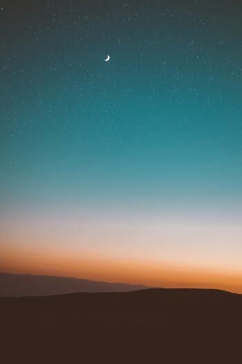 ベランダで楽しめる無限の天体ショー♪ちょっと不思議な【星の観察・豆知識】