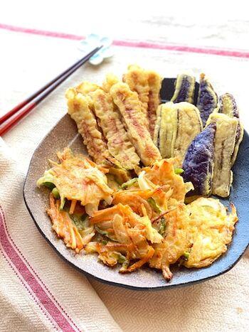 そうめんと一緒に作ると天ぷらって油の処理をしたり、後片付けなど大変。そこで、揚げない天ぷらレシピはいかがでしょうか。分量をしっかり計算することで、衣も油も残らない、簡単美味しい天ぷらを作ることができます。しかも仕上がりもサクッとしていて美味。