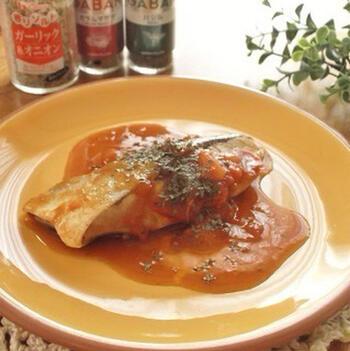 魚のブリとガラムマサラの組み合わせが意外に思われるかもしれませんが、ケチャップの酸味を加えることで、外国料理のような一皿に。  減塩を意識していない方も、マンネリ化しがちなブリの切り身の、新たな献立のレパートリーになるはず。