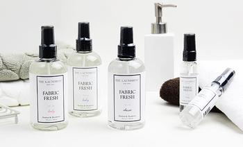 こちらも香りを楽しみながら除菌消臭ができるフレッシュミスト。こちらはNYでスタートしたファブリックケアのスペシャリティブランドのもの。3種類の香りはいずれもリフレッシュ効果があるので、気分に合わせて持ち歩いても良いかも。