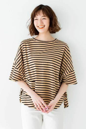 インドで育てたオーガニックコットンでつくる「Live love cottonプロジェクト」からは、まあるいシルエットがかわいいボーダーTシャツがお目見え。裾にちょこんとついたポケットがかわいい一枚は、着るとスッキリ見える絶妙なデザインです。1枚購入するごとにコットンファームに100円の寄付ができるのも、選びたくなる理由です。