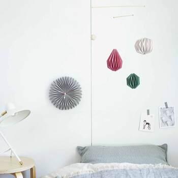 天井をおしゃれに彩る♪「吊るすインテリア」のおすすめ&作り方アイデア集