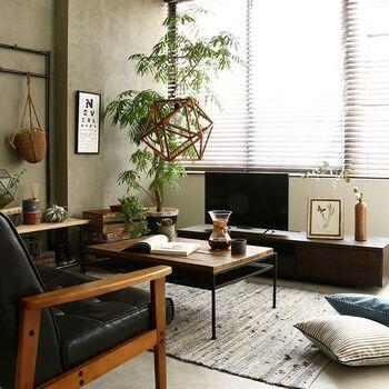 空間づくりのカギ。部屋をおしゃれにする「テレビ台」の選び方とレイアウト術