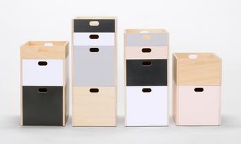 シナ合板にウレタン塗装を施したナチュラルなボックスです。真鍮のビスで自分で組み立てて作ります。SMLの3サイズ展開です。