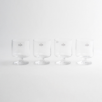 「HOLMEGAARD(ホルムガード)」は、デンマーク王室御用達の優れた老舗ガラスブランド。繊細で滑らかなフォルムは、存在感抜群。