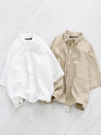 リラックス感あるシルエットに大きめのポケットがアクセントになったワークテイストのシャツ。シンプルなデザイン&ラミーのハリのある質感が品良く、大人の女性によく似合います。やや透け感があるので、Tシャツやタンクトップの上に重ねるスタイルがおすすめです。