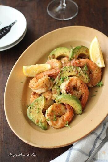 人気の定番から、おしゃれ料理まで!「エビ」の和・洋・中おすすめレシピ