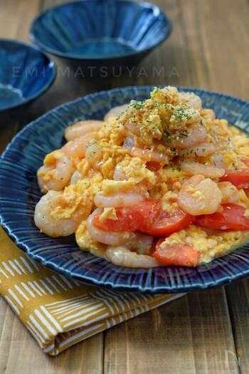 ぷりっぷりのむき海老に、ふんわり卵&トマトの酸味がほどよくミックスされて、絶妙なハーモニーに。