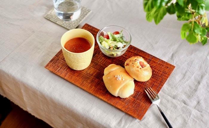 蕎麦猪口として使うほかに、スープを入れたり、お茶を入れても。多目的なカップとして和洋を問わず使えます。