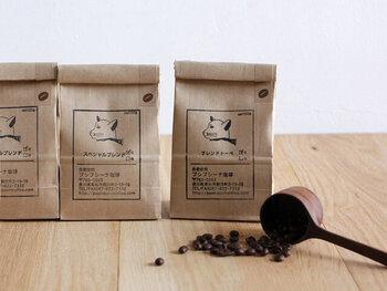 お店の看板やパッケージに登場する個性的なネコがおしゃれ!お気に入りのコーヒー器具と一緒に並べたくなるデザインがたまりません。
