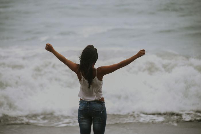 相手の幸せを喜ぶには、自分の気持ちに余裕がないとなかなかできません。余裕がないと自分自身のことだけで精一杯になってしまいますよね。日々の生活の中で自分を振り返る時間を作り、何か自分が抱えている問題があればその問題を解決し、少しずつでも精神的・時間的余裕ができるようにしましょう。