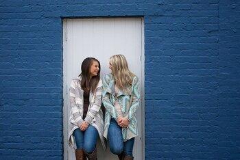 特定の人にのめりこんでしまうと、自分自身が苦しくなってしまうのです。そうならないためにも、何人かの友達との付き合いにしてみたり、他に何か楽しみを見つけてみることで苦しさから逃れることができる道になるでしょう。