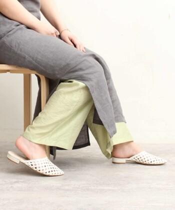 今夏のナチュラルコーデにぴったり。イエロー&グリーンのお洋服カタログ