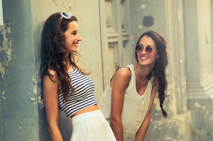 人との距離感ってどのくらい?心地よいお付き合いのために心得たい6つのこと