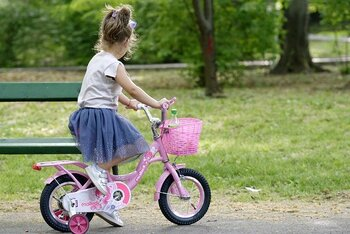 「輪の中に入っていないと子どもが仲良くしてもらえない」と思い、無理をして付き合いを続けるお母さんもいるかも知れません。しかし、お母さんが疲弊しないためにも無理をするのは禁物です。