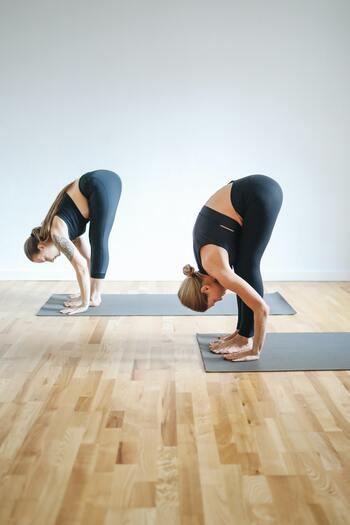 体の使い方はもちろん大切ですが、体を支えるための筋肉も重要なので、日常生活の中で体を動かす習慣を身に付けるようにしましょう。
