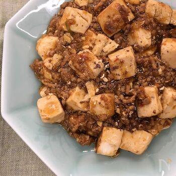 人気の定番中華・麻婆豆腐に花椒を入れると、一気に本格派の味わいに。辛いものが食べたくなる夏には、ぜひ大人の味の麻婆にしてみませんか?