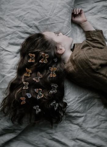 悩み迷うときは、なかなか眠れないことも多いものですが、とことん考えようとする前に、まずは「しっかり眠るための工夫や努力」を丁寧にするのが得策と言ってもよさそうですね。