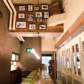 JR東京駅の八重洲地下街にある「Bubby's(バビーズ)ヤエチカ」は、ニューヨークに本店を構える人気のカフェレストランです。