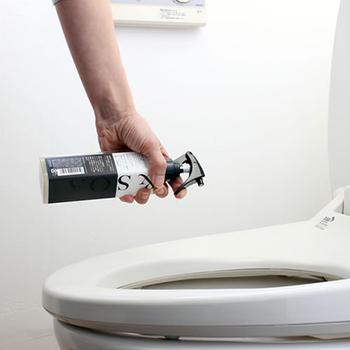掃除の仕上げにはこちらを。便器内にシュッと吹きかけると、撥水コーティングされて汚れが付きにくくなります。トイレ掃除を楽にしてくれるのが嬉しいですね!
