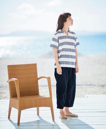 太ボーダーでセーラーカラーがポイントの夏におすすめのマリンテイストのパジャマ。あまりパジャマ感を感じないデザインなのでリラックスウエアとしても活躍しそう。