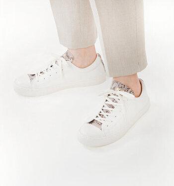 足首をすっきり見せる「アンクルパンツ」靴の選び方&夏コーデ
