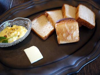 ネット通販では、グルテンフリーのパン「ニコパン」も購入できます。体にやさしく、おいしいものを食べたい方は一度足を運んでみてはいかがでしょうか?