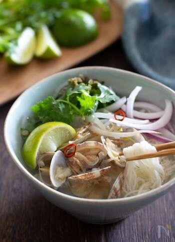 お箸がすすむ夏ランチ。「エスニック麺」の定番~ちょい足しレシピまで