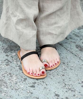 夏の足元をおしゃれに♪涼しげで快適な「サンダル&シューズ」
